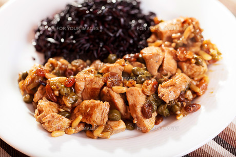 Turkey with capers and wild rice,Turkey with capers and wild rice,Turkey with capers and wild rice,Turkey with capers and wild rice,Turkey with capers and wild rice,Turkey with capers and wild rice,Turkey with capers and wild rice,Turkey with capers and wの素材 [FYI00771071]