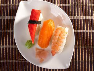 Nigiri Sushi,Nigiri Sushiの写真素材 [FYI00771809]