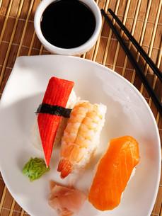 Nigiri Sushi,Nigiri Sushiの写真素材 [FYI00771814]