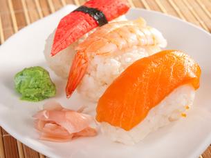 Nigiri Sushi,Nigiri Sushiの写真素材 [FYI00771819]