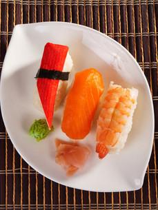 Nigiri Sushi,Nigiri Sushiの写真素材 [FYI00771838]