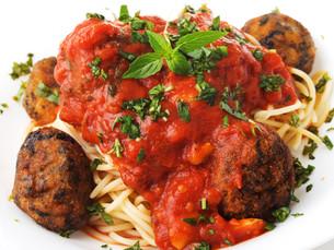 Spaghetti with meatballsの写真素材 [FYI00771847]