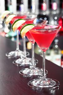 Cocktails collection - Cosmopolitan,Cocktails collection - Cosmopolitanの写真素材 [FYI00771935]
