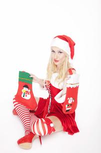 Sexy Christmas girl with Christmas stockingsの写真素材 [FYI00771977]