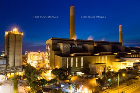 Cement factory at Hong Kongの写真素材 [FYI00772365]