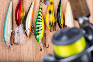 fishing bait wobbler and reel with lineの写真素材 [FYI00772426]