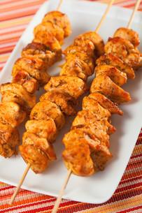 Moroccan chicken skewer,Moroccan chicken skewerの写真素材 [FYI00772968]