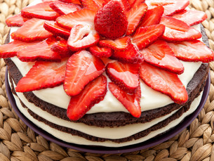 Chocolate cake with strawberries,Chocolate cake with strawberries,Chocolate cake with strawberries,Chocolate cake with strawberries,Chocolate cake with strawberries,Chocolate cake with strawberries,Chocolate cake with strawberries,Chocolate cake with straの素材 [FYI00773017]