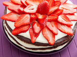 Chocolate cake with strawberries,Chocolate cake with strawberries,Chocolate cake with strawberries,Chocolate cake with strawberries,Chocolate cake with strawberries,Chocolate cake with strawberries,Chocolate cake with strawberries,Chocolate cake with straの素材 [FYI00773025]