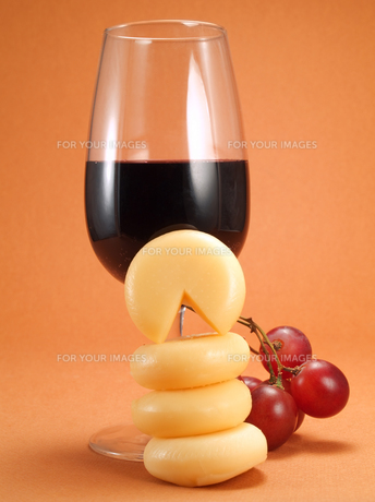 Cheese and wine,Cheese and wine,Cheese and wine,Cheese and wineの写真素材 [FYI00773385]