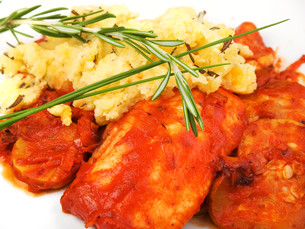 White fish in tomato sauce,White fish in tomato sauceの写真素材 [FYI00773409]