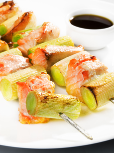 Salmon skewer with sauce,Salmon skewer with sauce,Salmon skewer with sauce,Salmon skewer with sauce,Salmon skewer with sauce,Salmon skewer with sauce,Salmon skewer with sauce,Salmon skewer with sauceの写真素材 [FYI00773440]