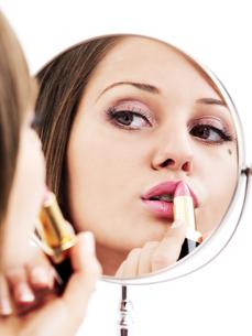 Applying make-up,Applying make-up,Applying make-up,Applying make-up,Applying make-up,Applying make-up,Applying make-up,Applying make-upの素材 [FYI00773545]