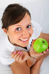 Young woman eating apple,Young woman eating apple,Young woman eating apple,Young woman eating apple,Young woman eating apple,Young woman eating apple,Young woman eating apple,Young woman eating apple,Young woman eating apple,Young woman eating apple,Youngの素材 [FYI00773683]