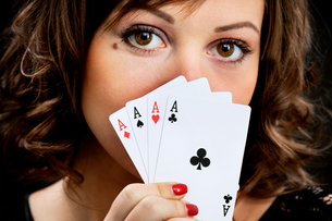 Young woman with cards,Young woman with cards,Young woman with cards,Young woman with cards,Young woman with cards,Young woman with cards,Young woman with cards,Young woman with cards,Young woman with cards,Young woman with cards,Young woman with cards,Yoの素材 [FYI00773898]