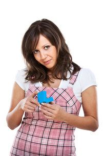 Young woman with a presentの写真素材 [FYI00773938]