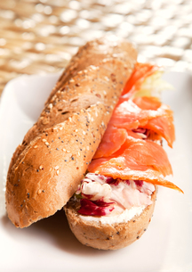 Sandwich with smoked salmon,Sandwich with smoked salmon,Sandwich with smoked salmon,Sandwich with smoked salmonの写真素材 [FYI00774191]