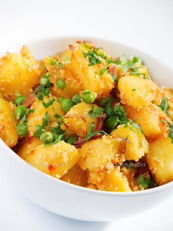 Potatos with sesame and cilantro,Potatos with sesame and cilantro,Potatos with sesame and cilantro,Potatos with sesame and cilantroの写真素材 [FYI00774192]