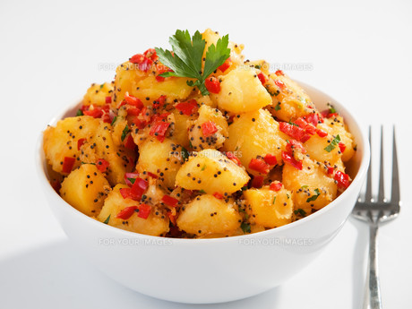 Potatos with sesame and cilantro,Potatos with sesame and cilantro,Potatos with sesame and cilantro,Potatos with sesame and cilantroの写真素材 [FYI00774213]