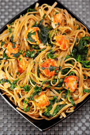 Pasta Collection - Fettuccine with salmon and spinach,Pasta Collection - Fettuccine with salmon and spinach,Pasta Collection - Fettuccine with salmon and spinach,Pasta Collection - Fettuccine with salmon and spinachの素材 [FYI00774219]