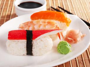 Nigiri Sushi,Nigiri Sushiの写真素材 [FYI00774254]