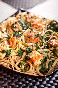 Pasta Collection - Fettuccine with salmon and spinach,Pasta Collection - Fettuccine with salmon and spinach,Pasta Collection - Fettuccine with salmon and spinach,Pasta Collection - Fettuccine with salmon and spinachの素材 [FYI00774263]