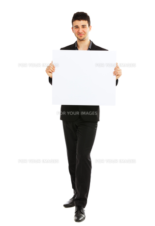 Young businessman holding blank board,Young businessman holding blank board,Young businessman holding blank board,Young businessman holding blank board,Young businessman holding blank board,Young businessman holding blank board,Young businessman holding bの素材 [FYI00774514]