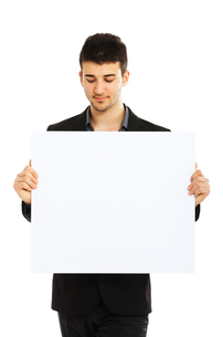 Young businessman holding blank board,Young businessman holding blank board,Young businessman holding blank board,Young businessman holding blank board,Young businessman holding blank board,Young businessman holding blank board,Young businessman holding bの素材 [FYI00774536]