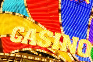 Casino neon signの写真素材 [FYI00774655]
