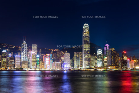 Hong Kong night sceneの素材 [FYI00774706]