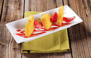 Fruit skewerの写真素材 [FYI00775383]