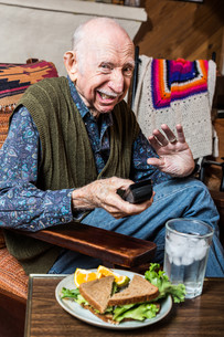 Cranky Elderly Manの写真素材 [FYI00777152]