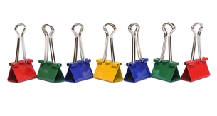 Color binder clips on white backgroundの写真素材 [FYI00777227]