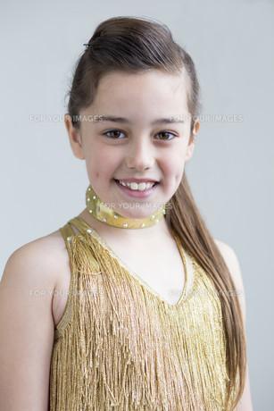 Young dancer posingの素材 [FYI00777355]