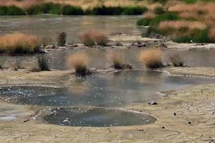 Mud volcanoの素材 [FYI00777838]