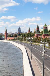 The Kremlin Embankment of Moskva River Moscow cityの写真素材 [FYI00778137]