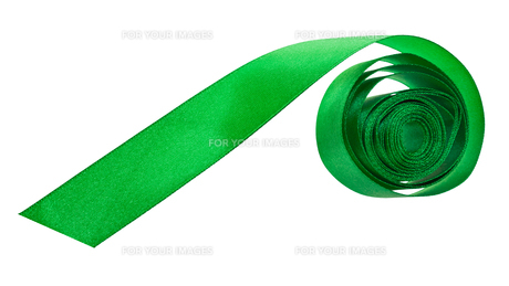 green satin packing tape isolated on whiteの素材 [FYI00778155]