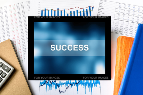 success word on tabletの写真素材 [FYI00779257]