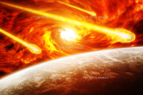 Asteroids threat over planet earthの写真素材 [FYI00779391]