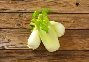 fresh fennel bulbsの写真素材 [FYI00779748]