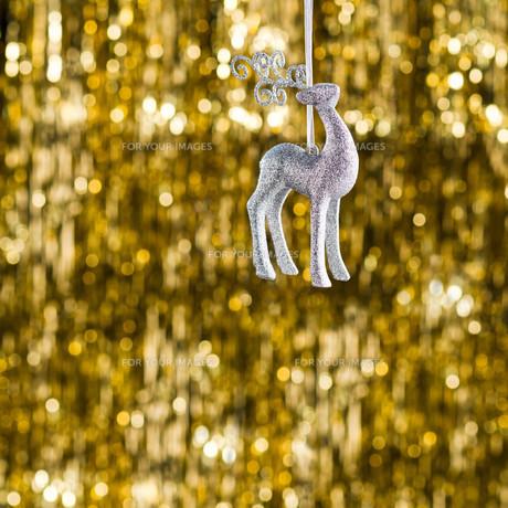 Raindeer christmas ornamentの素材 [FYI00780019]