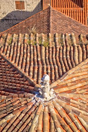 Old mediterranean style rooftops of Splitの写真素材 [FYI00780269]