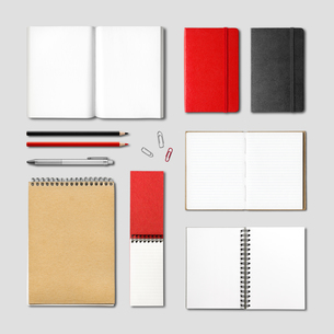 stationery books and notebooks mockupの写真素材 [FYI00780407]