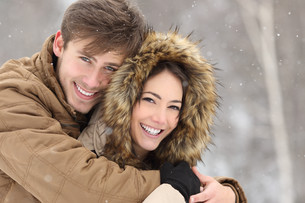 Couple laughing with a perfect smile and white teethの写真素材 [FYI00780860]