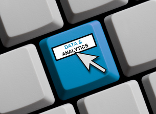 data & analytics onlineの写真素材 [FYI00780897]