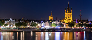 Cologne Germany Panoramaの写真素材 [FYI00781339]
