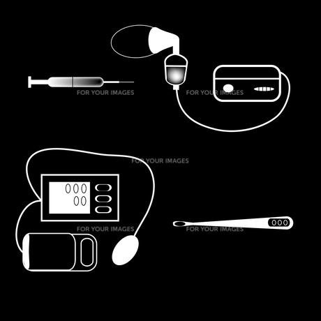 set medical devices syringe thermometer inhalerの写真素材 [FYI00782378]