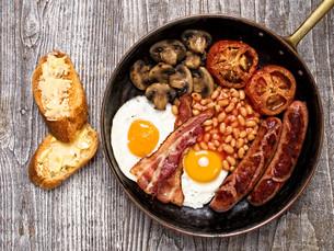 rustic full english breakfastの写真素材 [FYI00782568]