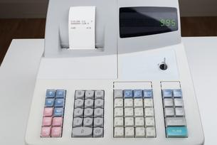 Close-up Of Cash Registerの写真素材 [FYI00783103]