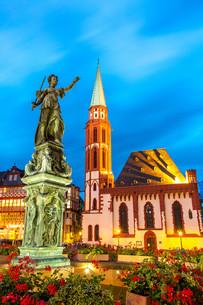 Town square romerberg Frankfurt Germanyの写真素材 [FYI00783545]
